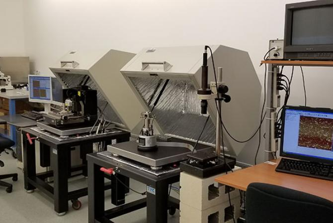 Microscopy instruments and workstations
